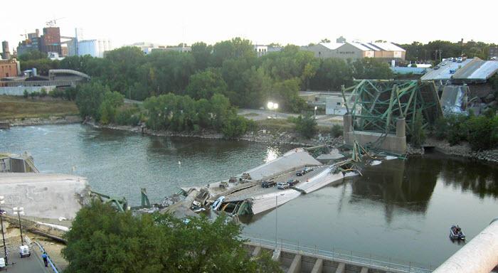 I-35W bridge collapse on August 1, 2007 at Minneapolis, MN
